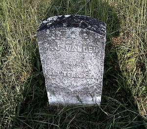 "Wallen, 1816-1886. He has a veteran's headstone, due to serving in ""Company L, 8th Regiment of the United States Army of Tennessee"". His son Joe B. Wallen, who is buried here also, was conscripted by the Confederate Army, captured at Vicksburg, paroled, then joined the Union Army with Big Sandy."