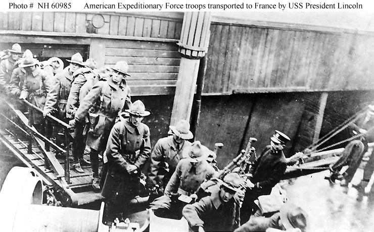 american troops boarding a ship tofrance USS President Lincoln